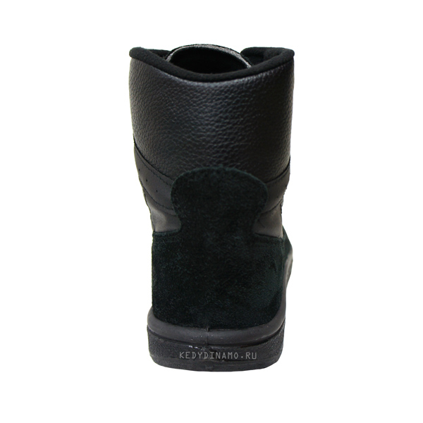 Фото высоких черных кроссовок