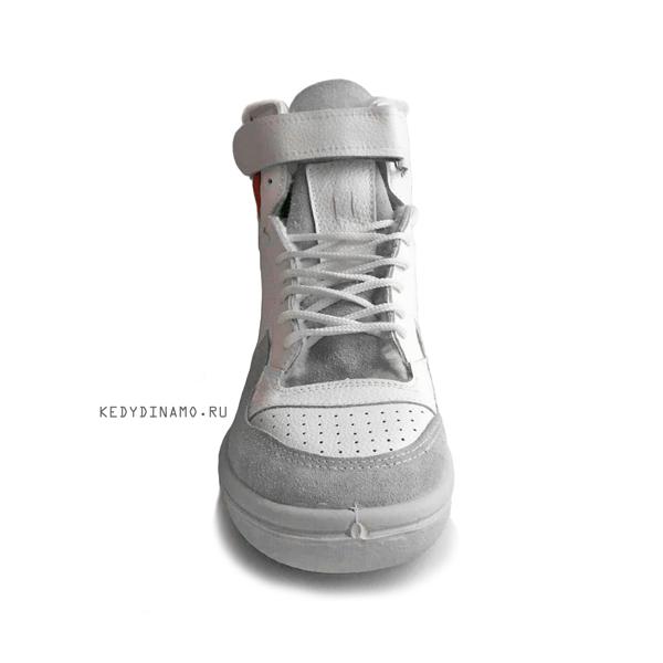 Кроссовки белые с мехом