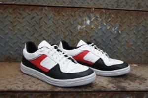 Уличные кроссовки