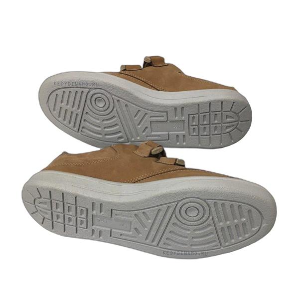 Светло коричневые кроссовки