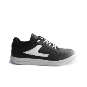 Кроссовки кожаные черные с белой подошвой