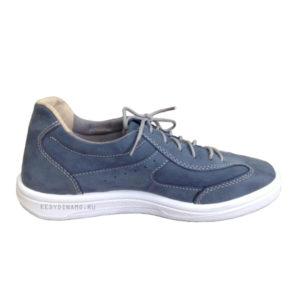 кроссовки голубого цвета