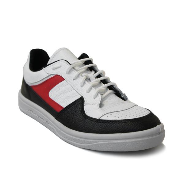 Купить красно-черные кроссовки
