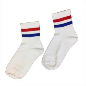 белые носки с полосками